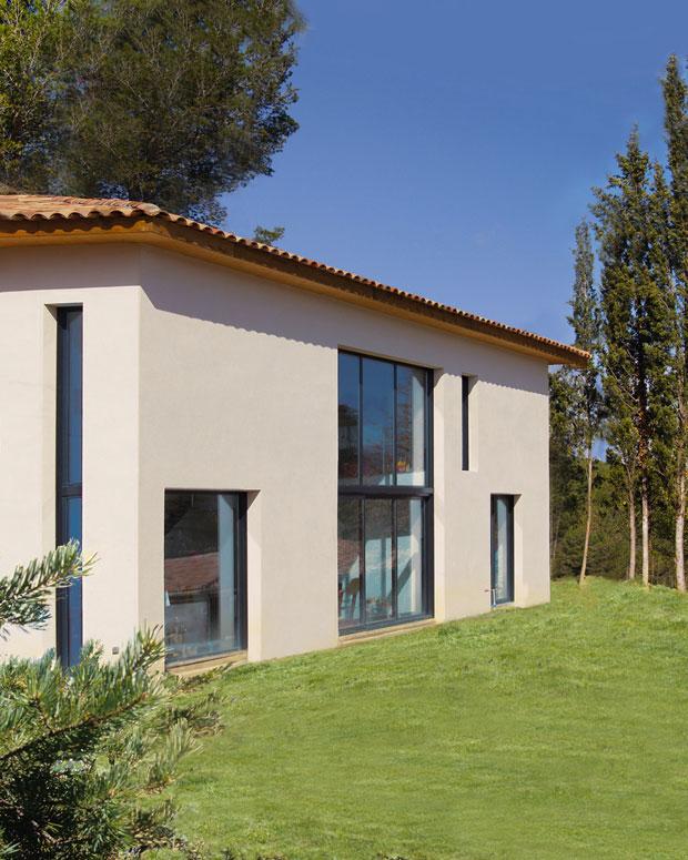 le contemporain durable mas provence constructeur maisons individuelles. Black Bedroom Furniture Sets. Home Design Ideas