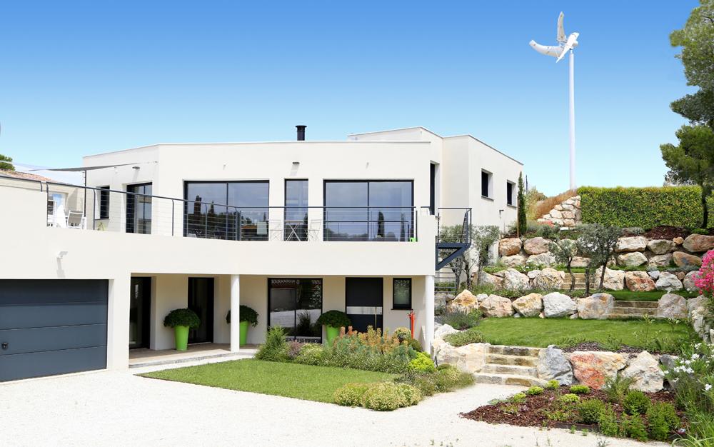 Maison positive mas provence constructeur maisons for Constructeur maison positive